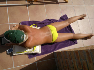 Lize-Aussie-Milf-Bikini-%28Non-Nude%29-r7fbb07sbl.jpg